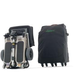 Scooter pliable dans une valise pour invalides